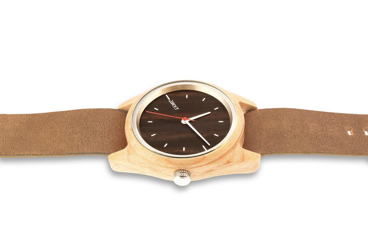 forest-taiga-montre-bois-marron-fauve-02