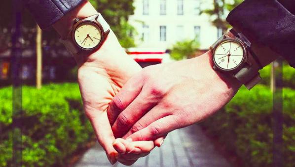 conseils pour laver une montre en bois