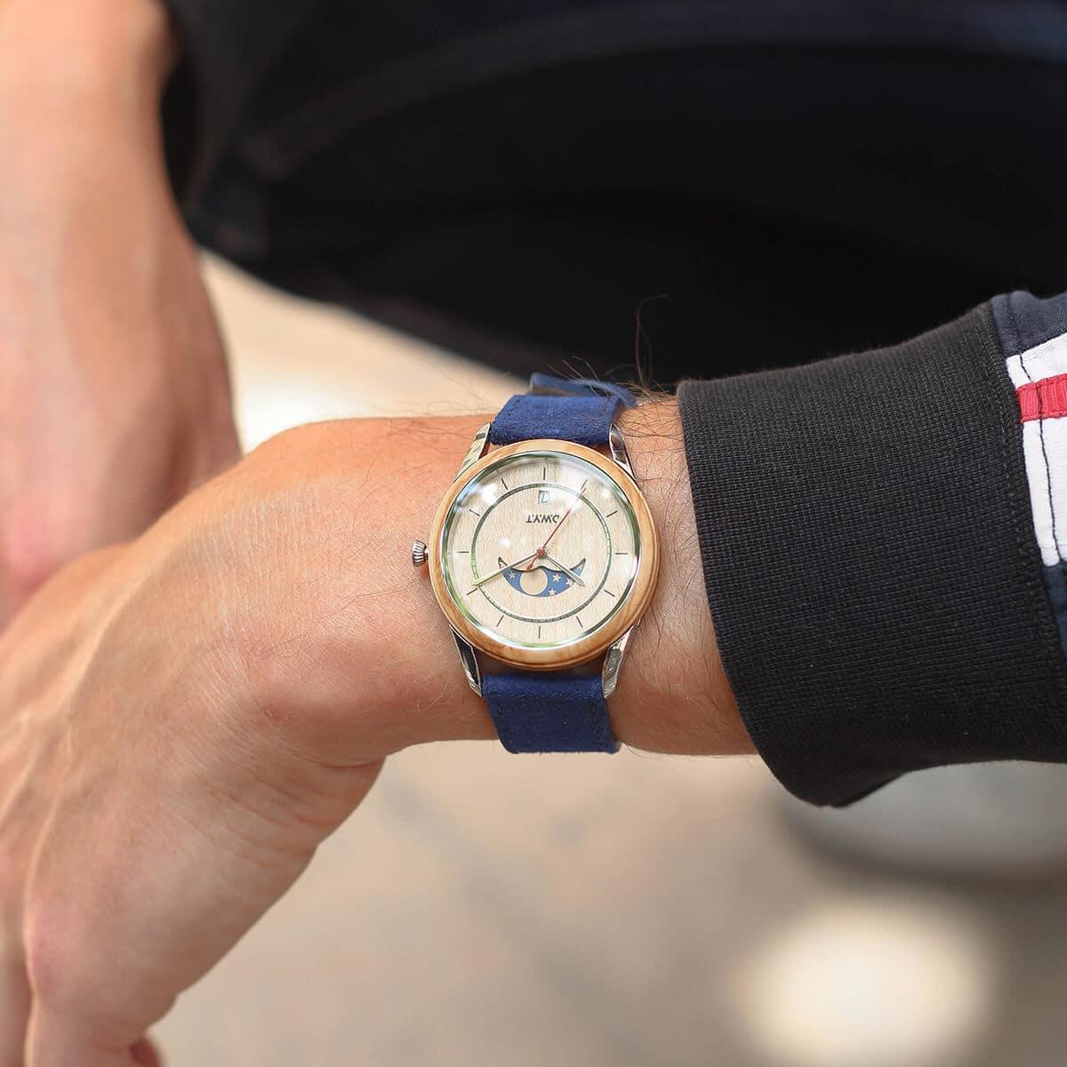 Montre phases de lune Full moon avec bracelet en cuir vintage bleu saphir
