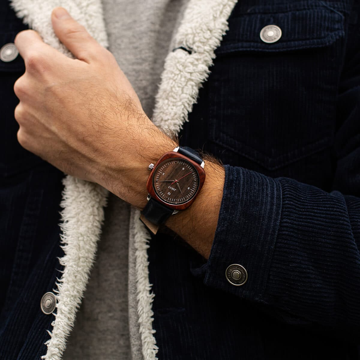 Square Red wooden watches vintage leather