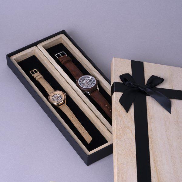 Couple-coffret-cadeau-montres-automatiques