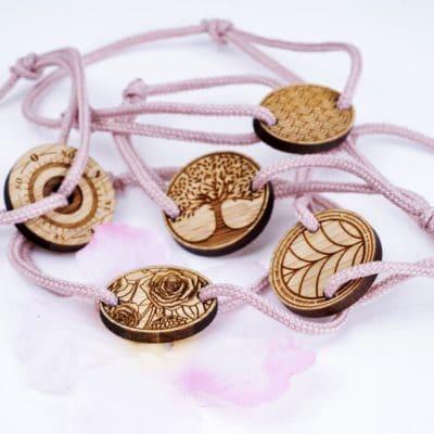 Collection de bracelets Octobre Rose en édition limitée